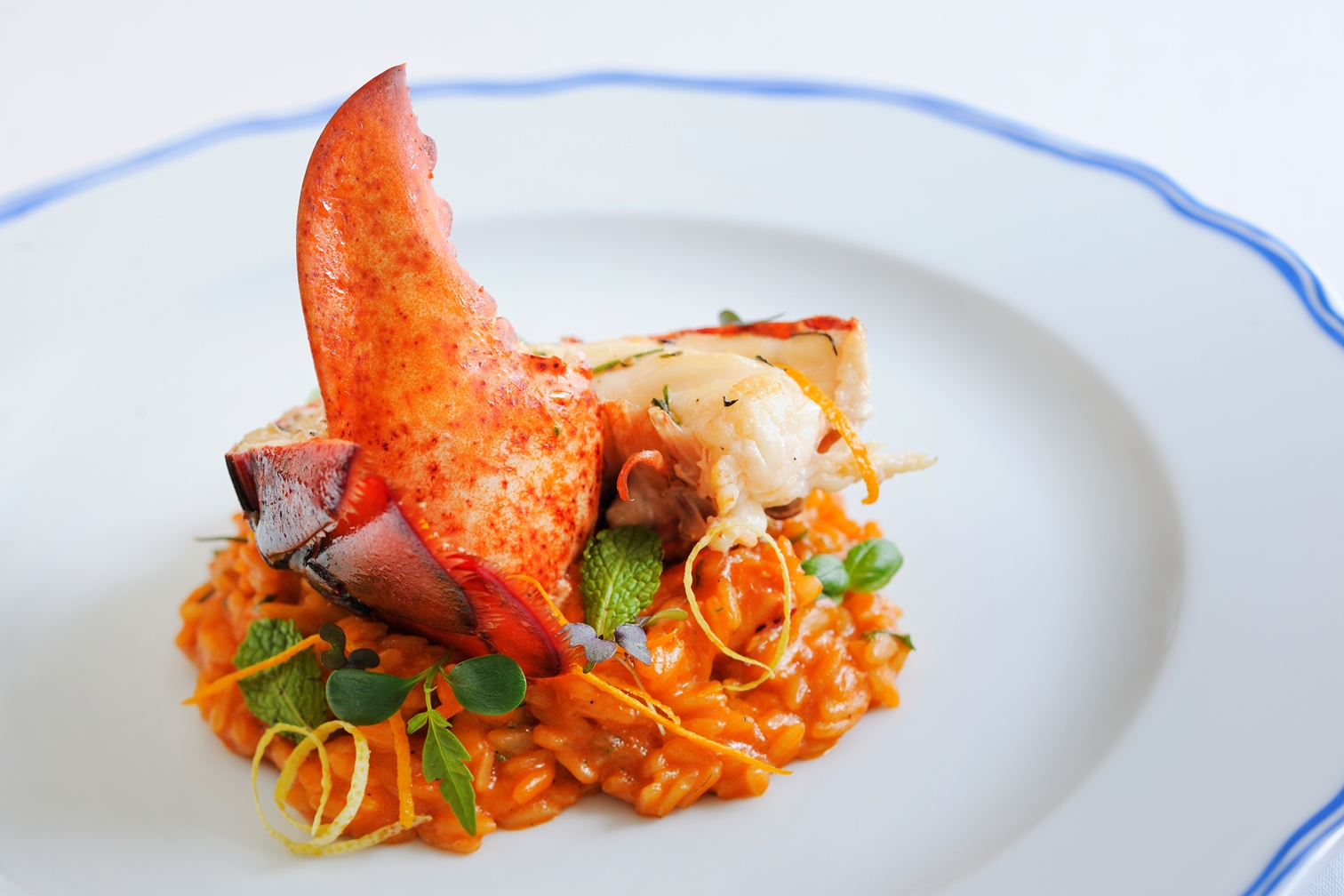 JW Marriott Marquis hosts 25 Italian Michelin-starred chefs | Hotel News ME