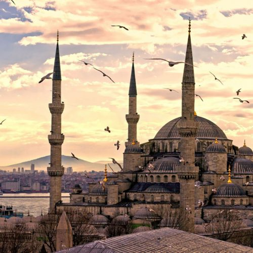 Turkey turns to Gulf Nations to support tourism following political instability