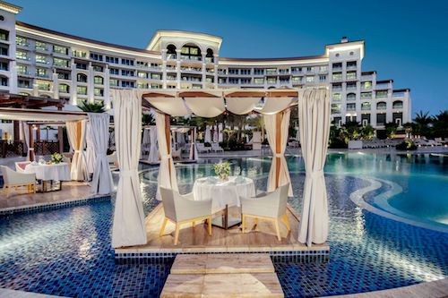 Waldorf-Astoria-Dubai-Palm-Jumeirah-pool