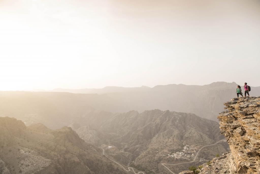 Anantara Al Jabal Al Akhdar Resort - Recreation - Hiking 01