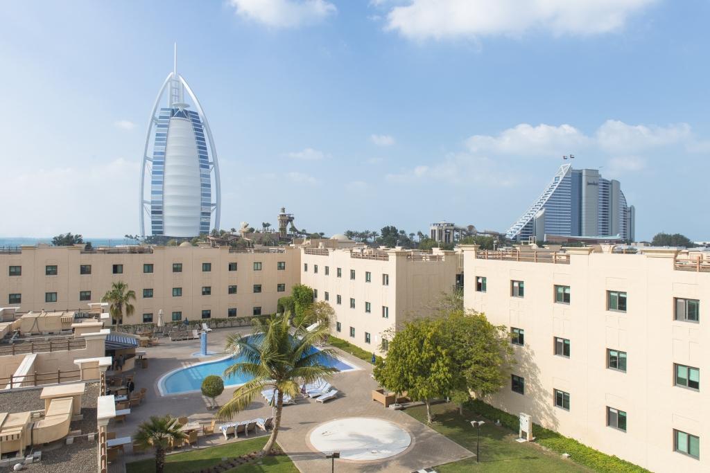 The_Emirates_Academy_of_Hospitality_Management_-_Hero_Shot_1 (1)