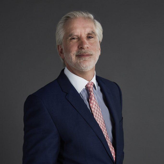 Russell Scott VP F&B Luxury Brands ME