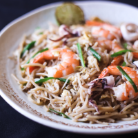 Kim's Singapore Seafood Woks its Way to Dubai