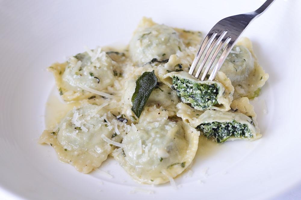 Ravioli Di Mamma Egi in Salsa di Burro e Salvia Handmade Ricotta Cheese and Spinach Ravioli, Sage,