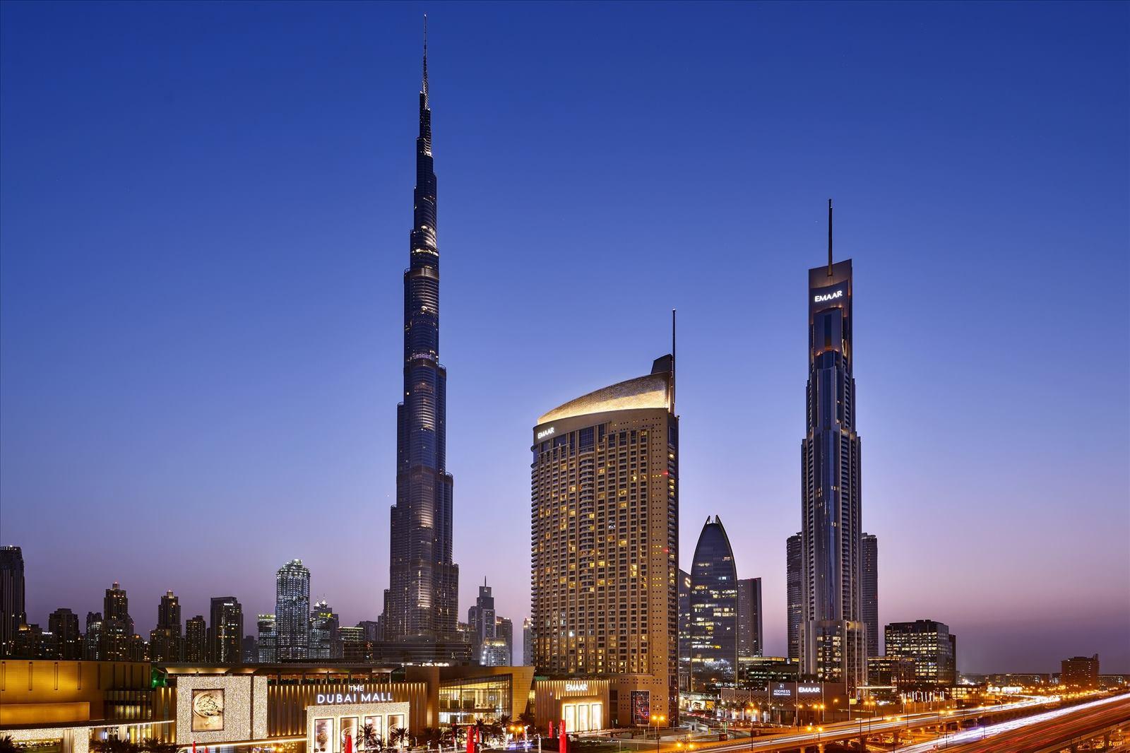 Address Dubai Mall - Night Shot